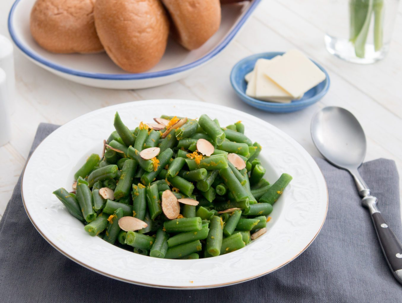 Green Beans With Orange and Almonds